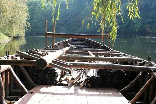 Une Gabarre sur la Dordogne à Argentat